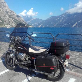 Gemütlicher Ausflug mit dem Motorrad zum Gardasee
